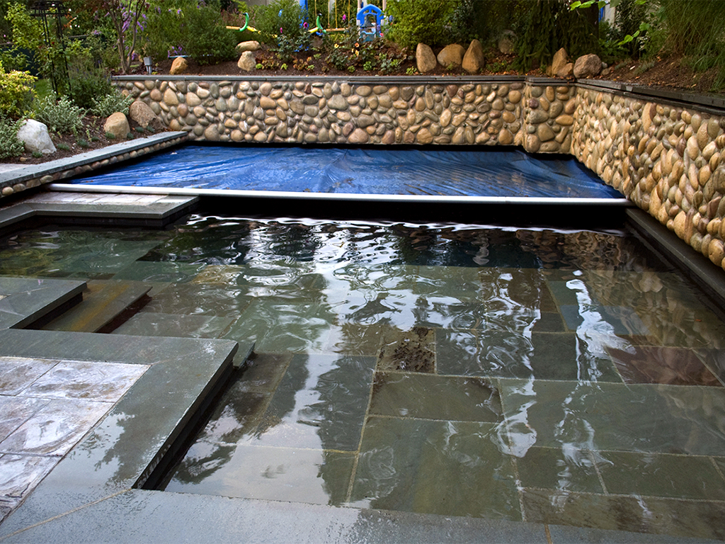 27-pools-covers-river-rock-recessed-unique