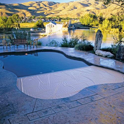 3-outdoor-unique-shape-cover-pool-recessed